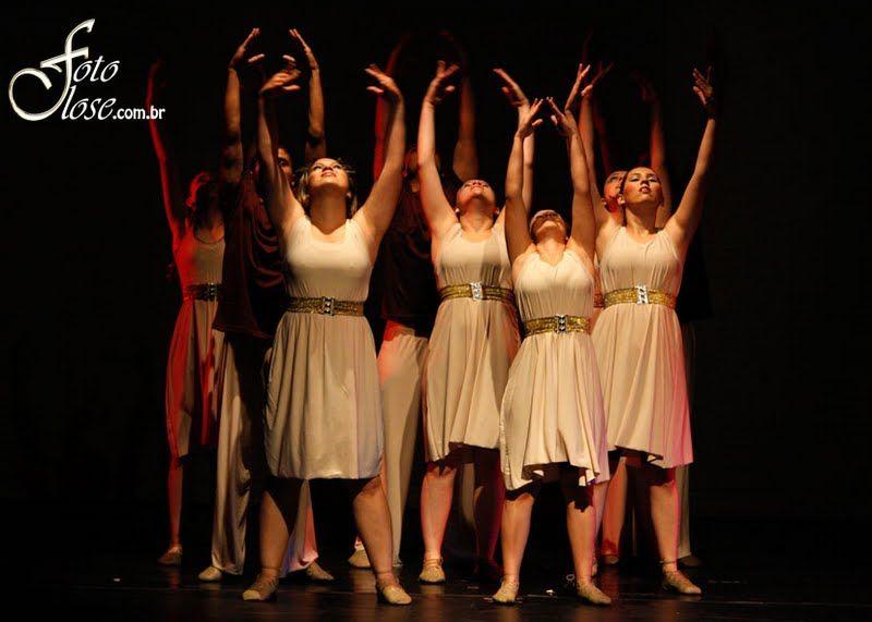 355aa7bfe8 Grupo de Dança Louvarte